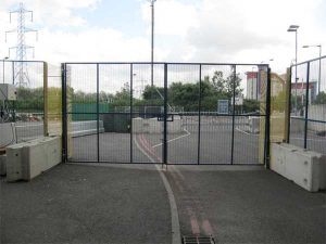 Site entrance gates and fencing