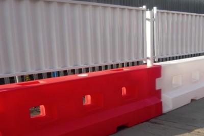 Mesh and Hoarding Barrier