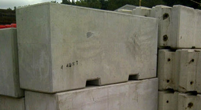 4500 kgs Concrete Block