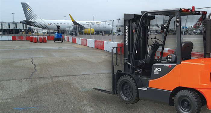 Airside Services - Forklift Hire for Gatwick and Heathrow Airport