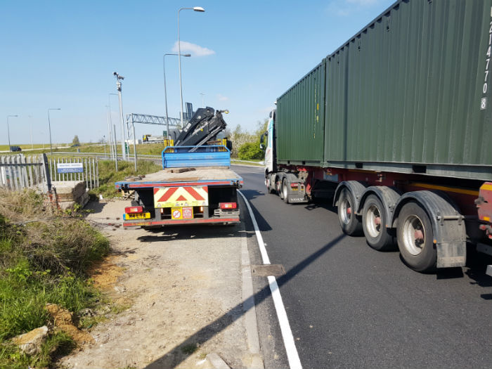 Concrete barrier Delivery to M25