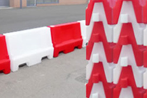Plastic barriers from Maltaward