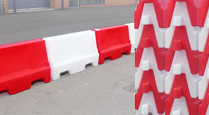 plastic-safety-barriers